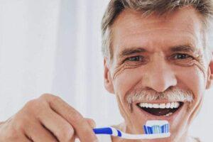 Qué síntomas provoca la periodontitis