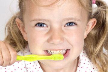 Cepillo dental infantil