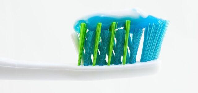 Cepillado de dientes suave