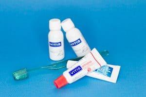 Cepillado de dientes y uso de enjuague