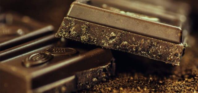 Chocolate negro en el blanqueamiento dental