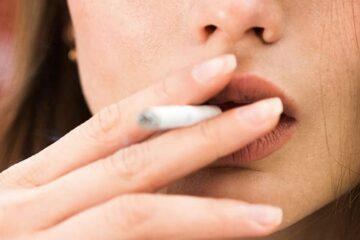 Fumar con alineadores Invisalign