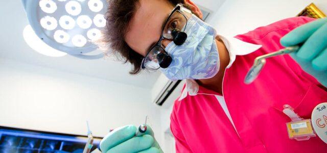 TAC para implantes dentales