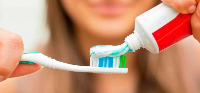 Pasta dental para blanquear los dientes