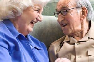 Ancianos sonríen